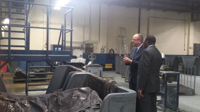 Visite du Ministre à l'usine du Groupe Vlisco à Helmond