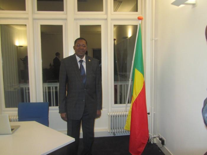 Le Ministre dans les locaux du nouveau Consulat honoraire du Bénin à La Haye
